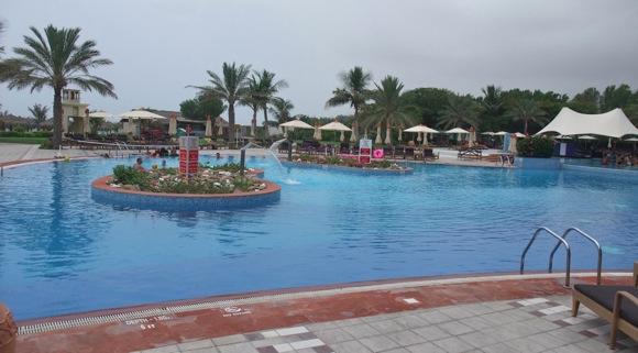 Le-Meridien-Al-Aqah-Beach-Resort-Hotel-Fujairah-pool