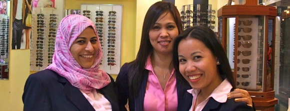 Al-Hakeem-Opticians-Al-Ain-team